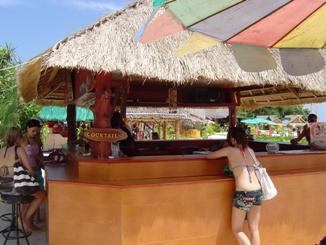 outdoor_home_bar